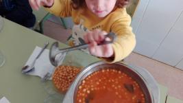 Jo em serveixo!: Empoderem els infants